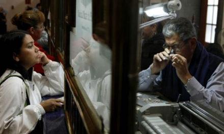 Entre el desempleo y el empeño; la economía de la misera