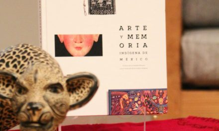 """En Bellas Artes Nuvia Mayorga Delgado presentó el libro """"Arte y Memoria Indígena de México""""."""