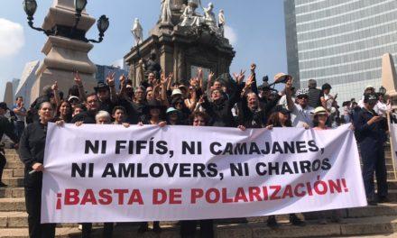 Chairos, Fifís.El México que viene.