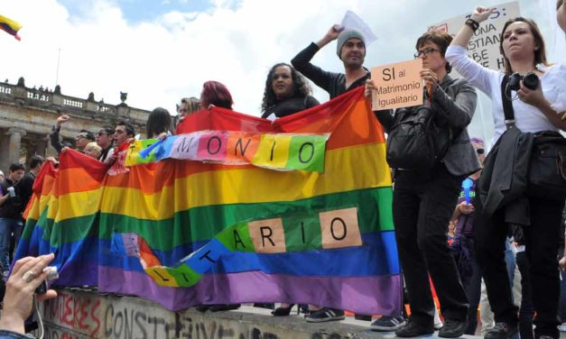 GAYS, PROGRESISTAS, ABORTISTAS. ¿SOMOS O NO SOMOS?