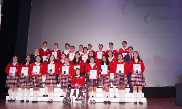Felicidades Generación 2016-2019  El Bachillerato Cruz Azul celebró emotiva ceremonia de Clausura